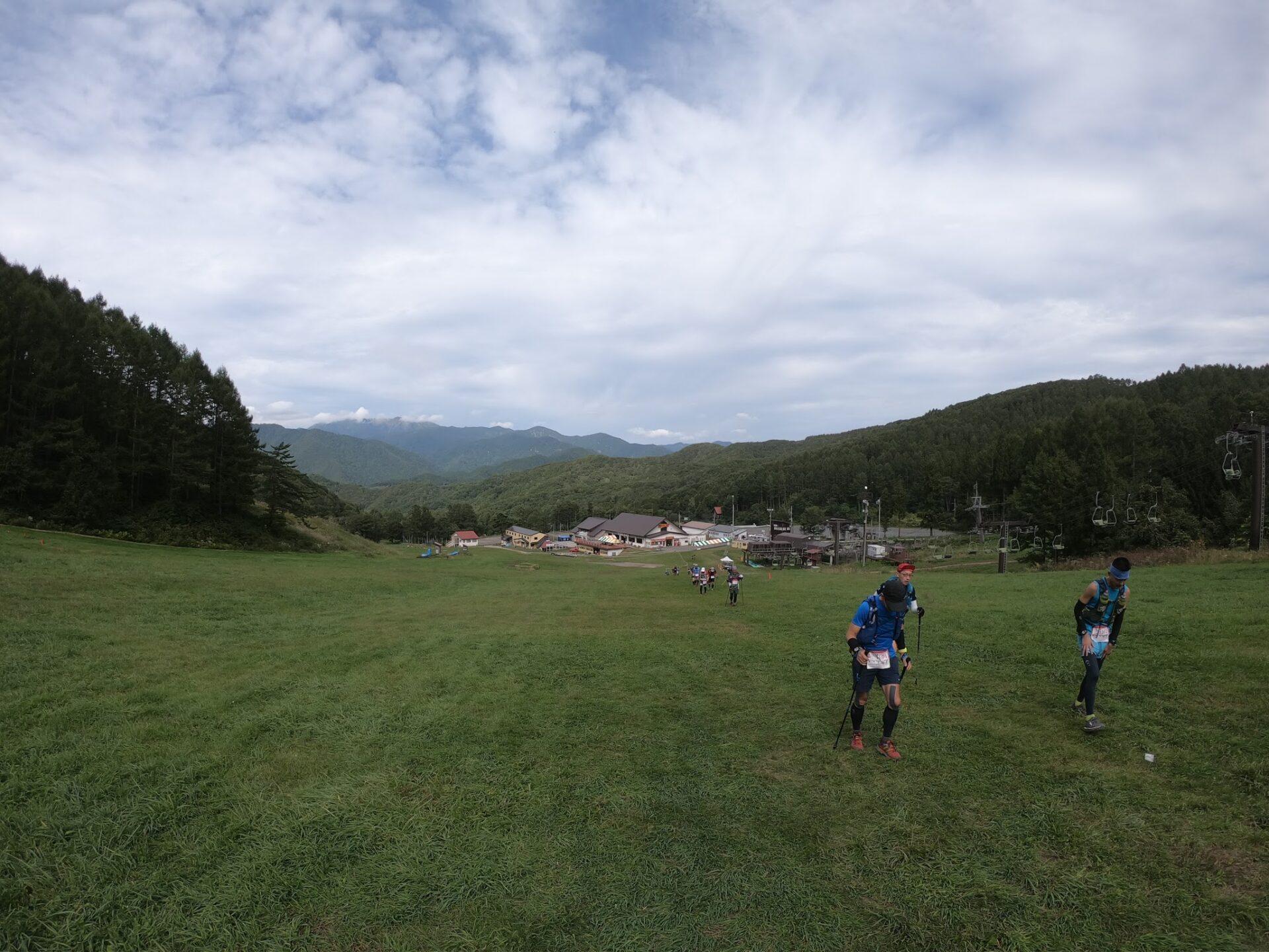 上州武尊山スカイビュートレイル 川場スキー場を逆走で登る